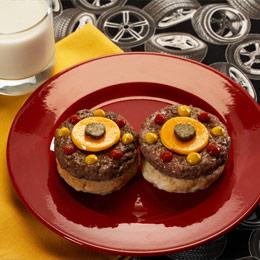 Lightning McQueen's Racing Wheel Burgers 